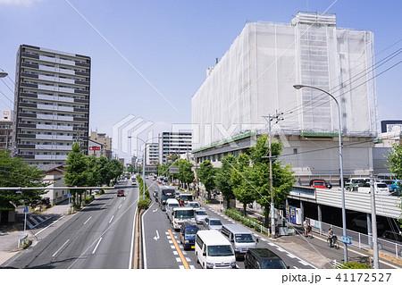 名古屋市中村区 太閤通3 交差点 北側の歩道橋から中村区役所方面を望む 41172527
