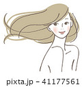 微笑む女性 41177561