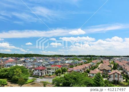 青空の新興住宅街 41217497