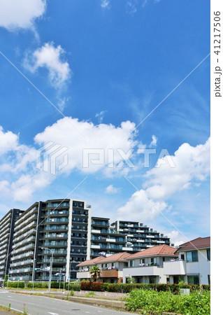 爽やかな青空と街並み 41217506