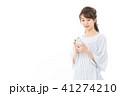 スマートフォン スマホ 女性の写真 41274210