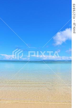 沖縄 青空と青い海 41278849