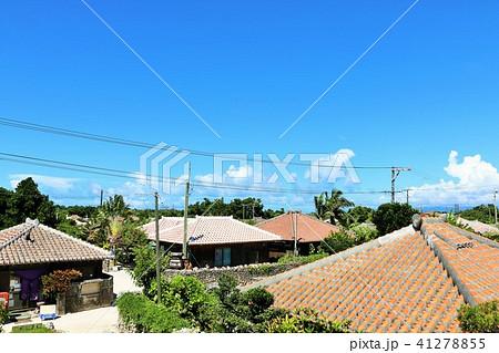 沖縄 竹富島の集落風景 41278855