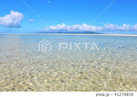 沖縄 青空と遠浅の海 41278856