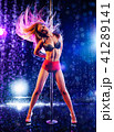Woman pole dancing 41289141