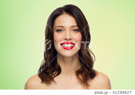 beautiful smiling young woman with red lipstick 41299927