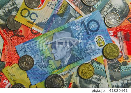 ドル オーストラリア オーストラリアドルの特徴や変動の傾向|マネースクエア