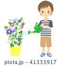 アサガオに水やりをする男の子 41333917