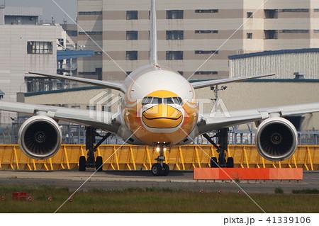 アヒルの顔した旅客機 41339106