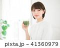 女性 スムージー 野菜ジュースの写真 41360979