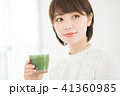 女性 スムージー 野菜ジュースの写真 41360985