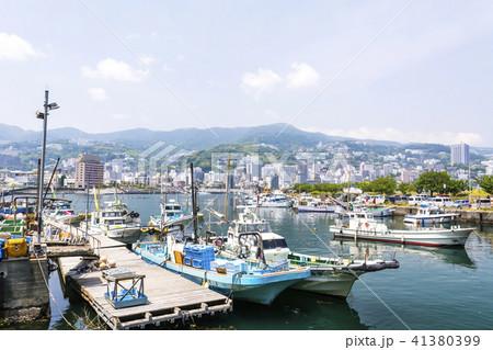 初夏の熱海港 41380399