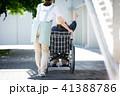 介護 車椅子 女性 41388786