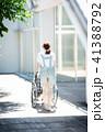 介護 車椅子 女性 41388792