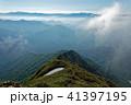 谷川岳・西黒尾根の登りから見る上州武尊・尾瀬の山並み 41397195