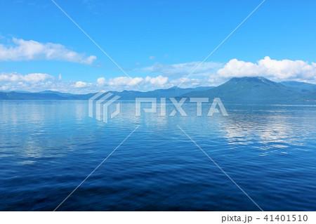 北海道 青空の支笏湖 41401510