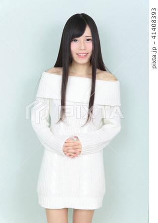 若い女性 ヘアスタイル 41408393