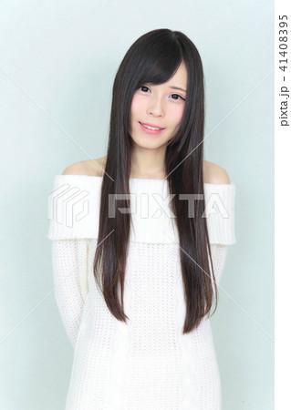 若い女性 ヘアスタイル 41408395