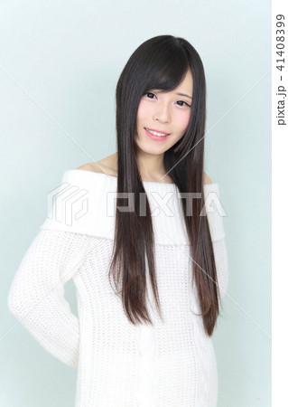 若い女性 ヘアスタイル 41408399