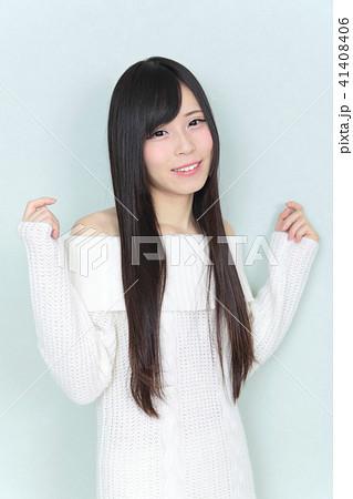 若い女性 ヘアスタイル 41408406