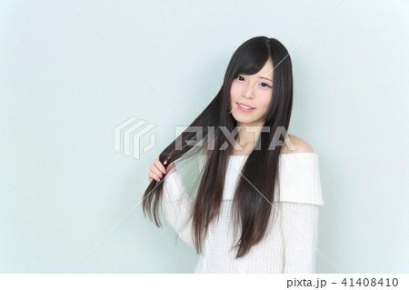 若い女性 ヘアスタイル 41408410