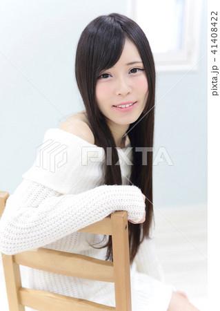 若い女性 ヘアスタイル 41408422