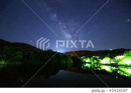 2018年6月の天の川 permingM180616 季節の写真素材  41410167