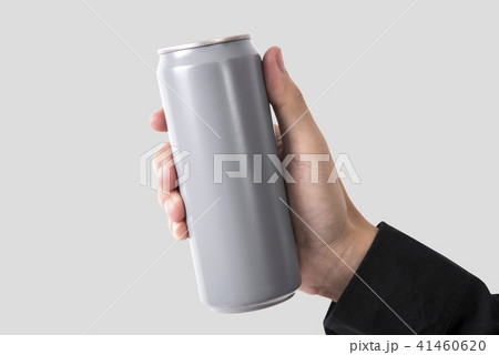 hand holding aluminum can for mockup templateの写真素材 41460620