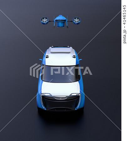 宅配ドローンが電動デリバリーバンから飛び立つ正面のイメージ。黒背景。 41465145
