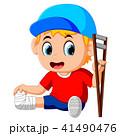 男の子 男児 松葉杖のイラスト 41490476