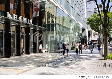 名古屋市中区栄 大津通 ラシック前の賑わい 41561249