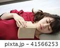 読書 女性 41566253