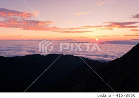 山上の夜明け(御来光) 41573950