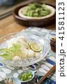縁側でそうめんを食べる 素麺 そうめん 枝豆 41581123