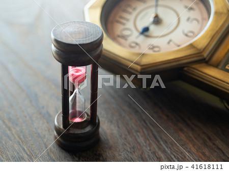 砂時計 古時計 柱時計 時 時間 41618111