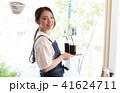 カフェ店員 41624711