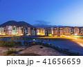 トルコ カイセリの街並み 山と住宅街 夜景 41656659