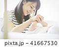 赤ちゃん 親子 母親の写真 41667530