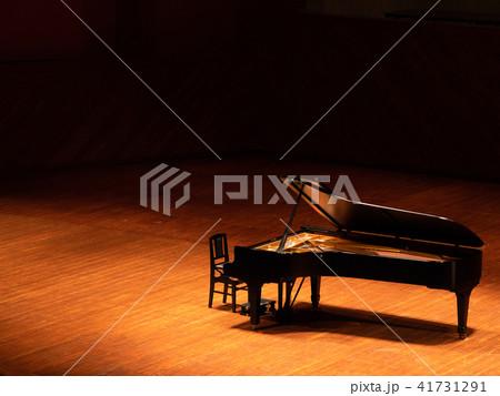 ピアノステージ 41731291