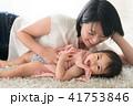 母親 赤ちゃん 子育ての写真 41753846