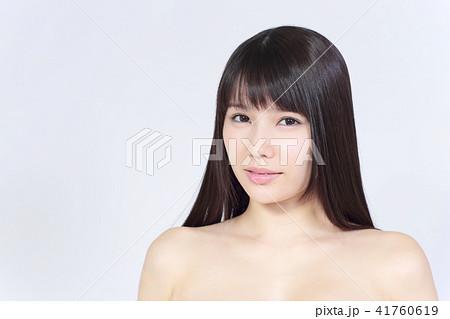 若い女性 美容 41760619