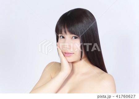若い女性 美容 41760627