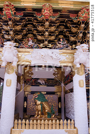 日光東照宮 陽明門の唐獅子と逆柱 41775518