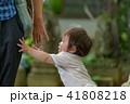 家族 幼児 園児 赤ちゃん 1歳 41808218