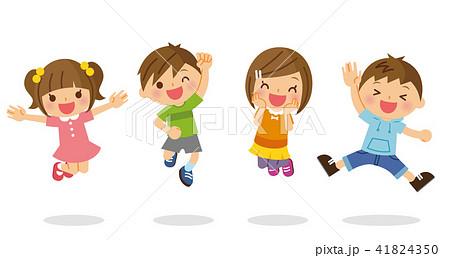 ジャンプする子供たち 41824350