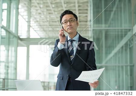 ミドル ビジネスマン ビジネスイメージ 41847332