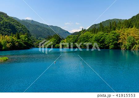四万ブルーと呼ばれる四万川ダム 41915553