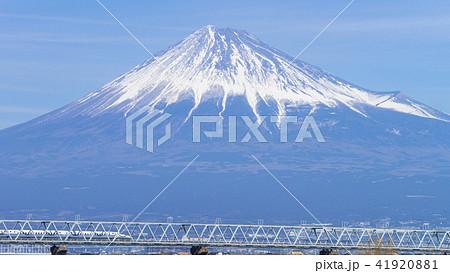 富士山と新幹線 16:9 41920881