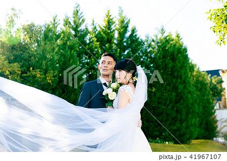 フォトウエディング 結婚 新郎新婦 41967107