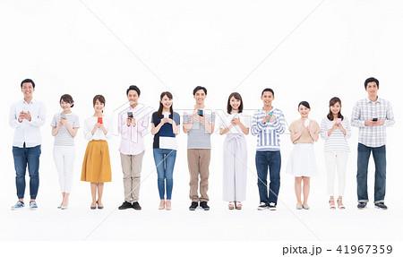 若い人々(スマホ) 41967359